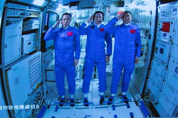 Çin uzay istasyonunun çekirdek modülü 'Tianhe' görüntülendi
