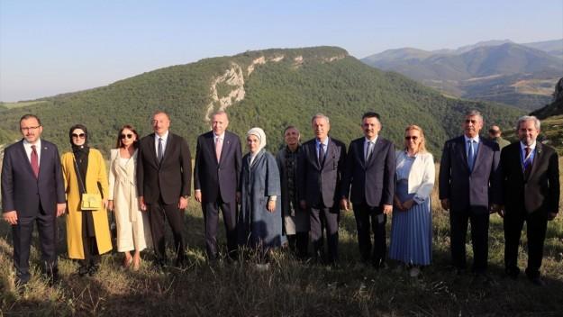 Cumhurbaşkanı Erdoğan, Azerbaycan Cumhurbaşkanı Aliyev ile