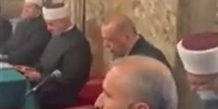 Cumhurbaşkanı Erdoğan'dan Kur'an tilaveti