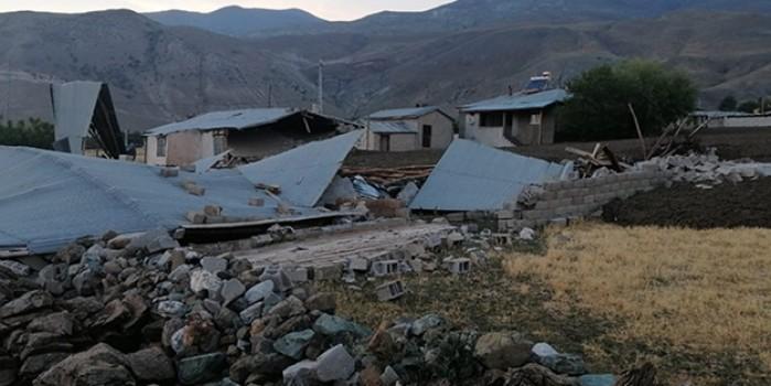 Dağdan gelen sel ve heyelan az daha felakete sebep oluyordu