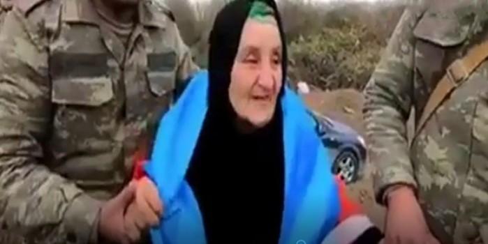 Doğduğu topraklara dönen ninenin Türk halkına duası duygulandırdı