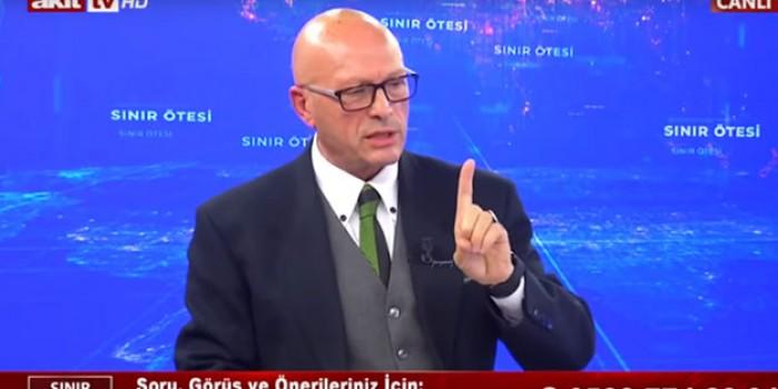 Erol Mütercimler: AK Parti bu konuda doğru bir iş yaptı