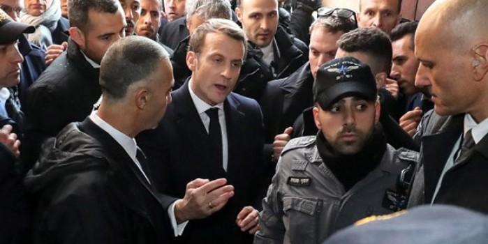 Fransa Cumhurbaşkanı Macron, Osmanlı hediyesi önünde İsrailli polisleri tartakladı