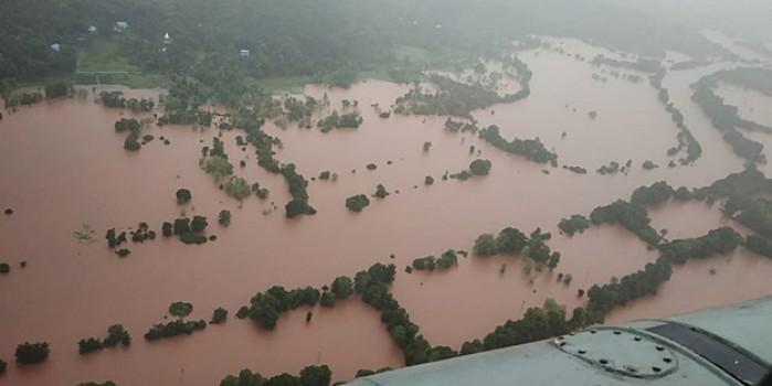 Hindistan'da etkili olan sel ve heyelanda 47 kişi hayatını kaybetti