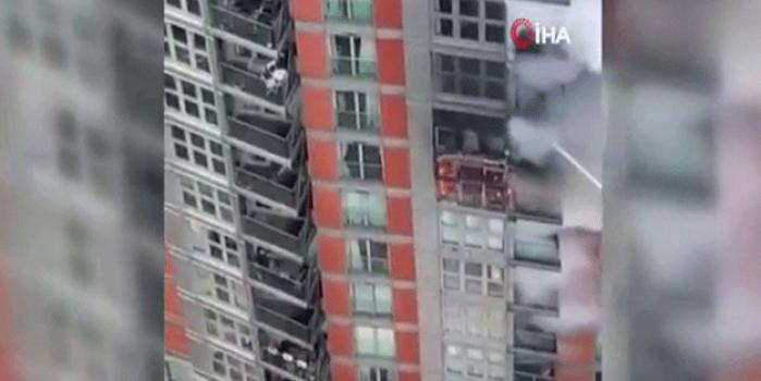 İngiltere'de 19 katlı binada yangın