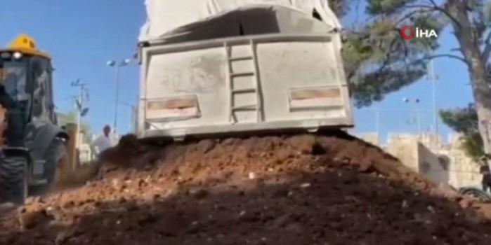 İşgalci İsrail güçleri Kudüs'te Müslüman mezarlarının yıkımına başladı!