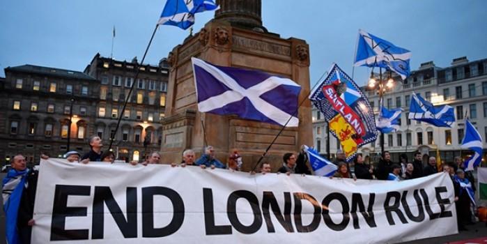 İskoçya, İngiltere'den ayrılmak için harekete geçiyor