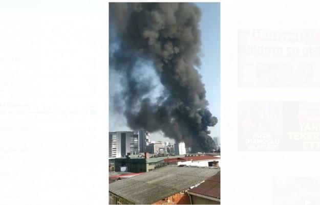 İstanbul Küçükçekmece'de büyük çaplı yangın çıktı