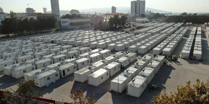İzmir'deki geçici konaklama merkezi hazır: Yarın hak sahiplerine dağıtılacak