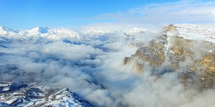 Kar beyazına bürünen Türkiye'nin havadan görüntüsü büyülüyor