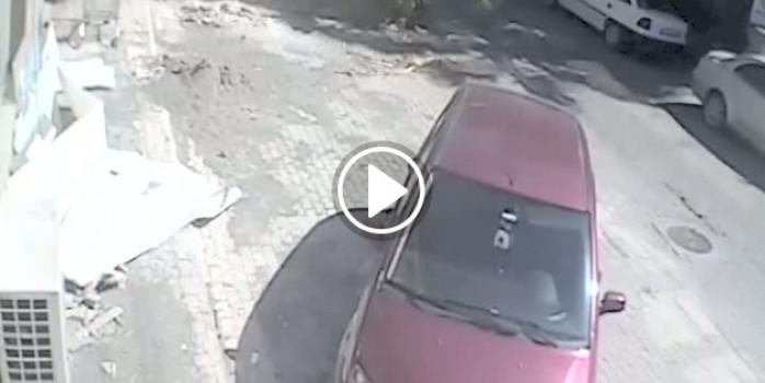 Karısının gözü önünde kendini vurdu
