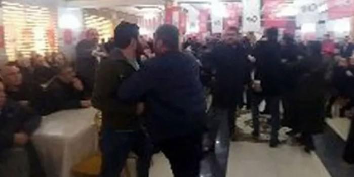 Kavga-dövüş-hakaret, CHP şaşırtmıyor! Vekil danışmanından kadın delegeye ağır tehdit