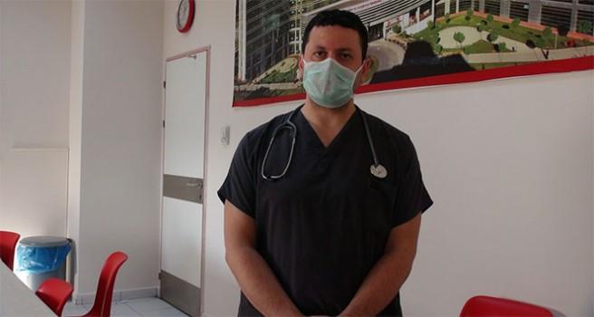 Koronayı yenen doktor gençleri uyardı: Her yaştaki insan hayatını kaybedebiliyor