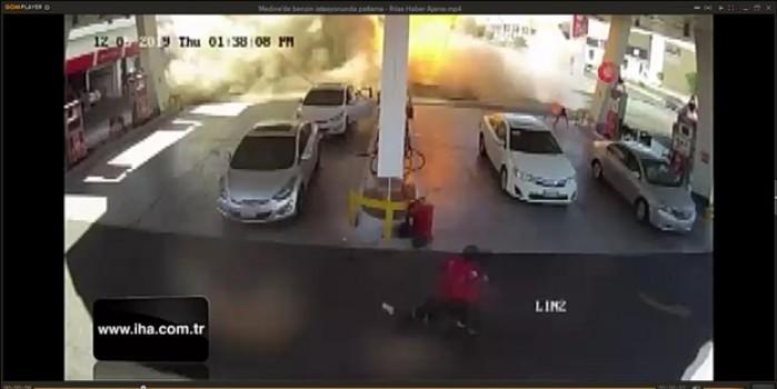 Medine'de benzin istasyonundaki korkunç patlama anı kamerada
