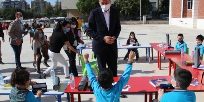 """Milli Eğitim Bakanı Selçuk: """"Okullarda kimsenin burnu bile kanamadı"""""""