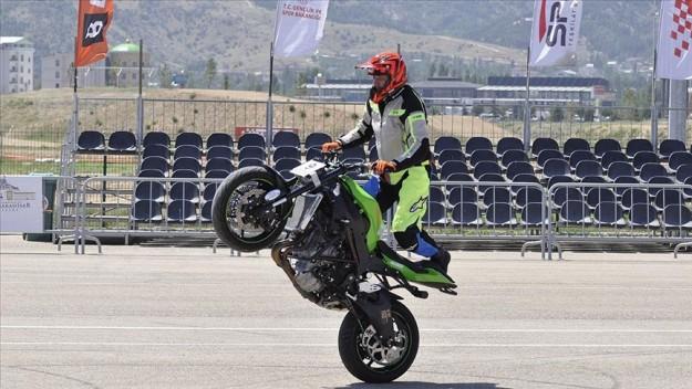 Motosiklette Avrupa Akrobasi Şampiyonası, Afyonkarahisar'da başladı