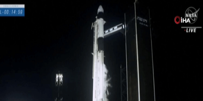 NATO duyurdu! 4 astronotu fırlattık
