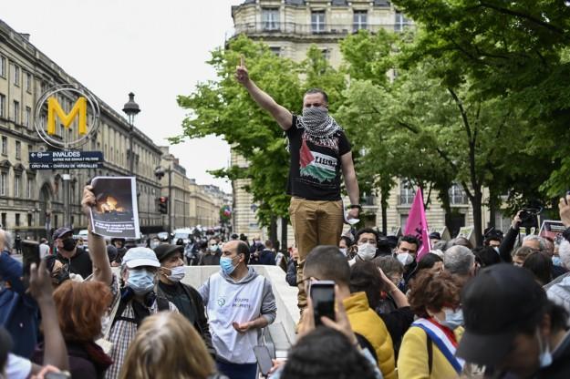 Paris'te, İsrail'in saldırıları karşısında Filistin'e destek amacıyla düzenlenecek gösteri yasaklandı