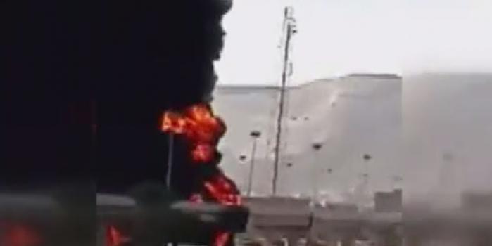 Petrol yüklü tanker bir anda patladı! Ortalık savaş alanına döndü
