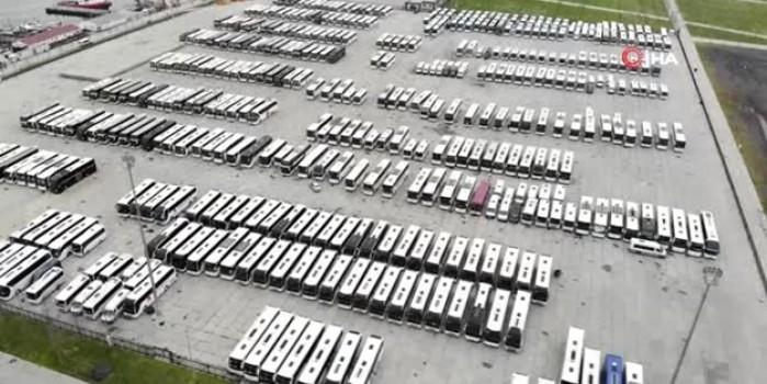 Şehirler arası hatlardan çekilen yüzlerce otobüs Yenikapı meydanına çekildi