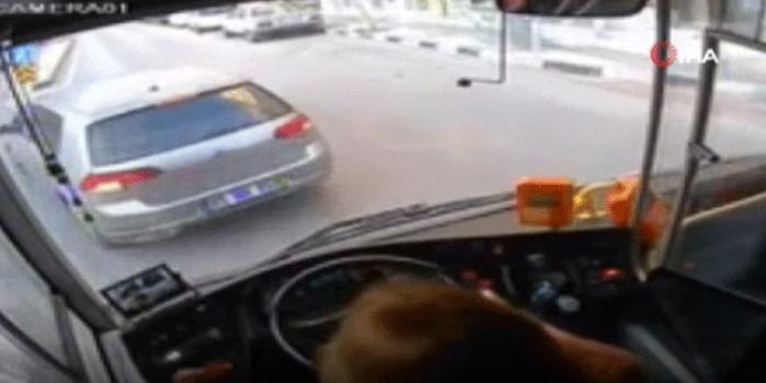 Şehrin tek kadın şoförüydü! Kaza anı böyle görüntülendi
