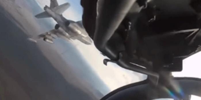 Su-25 jetlerinin o anlarını dünyaya servis ettiler! Komuta karakoluna bombalı ve füzeli saldırı