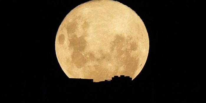 Süper Ay en net Çin'de görüntülendi... İşte hayran bırakan görüntüler