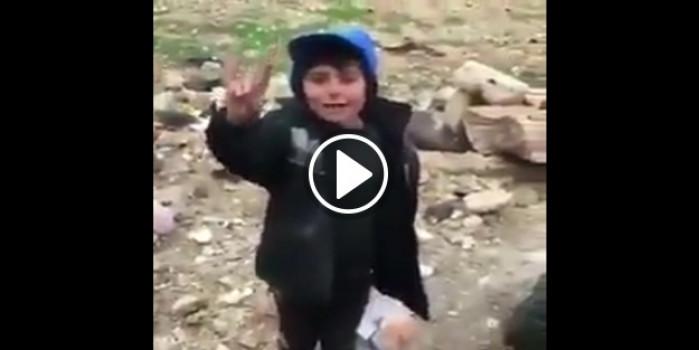 Suriyeli çocuktan Mehmetçiğe: Allah varlığınızı arttırsın!