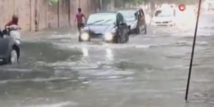 Ülke faciayı yaşıyor! Aşırı yağışlar 40 can aldı