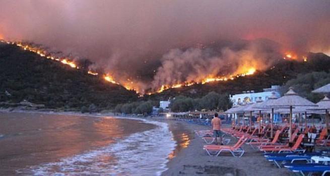 Yangınlarla boğuşan İtalya, Yunanistan, Arnavutluk ve Kuzey Makedonya da AB'den yangın söndürme desteği alıyor