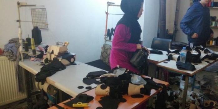 Zeytinburnu'nda 17 bin adet kaçak maske ele geçirildi